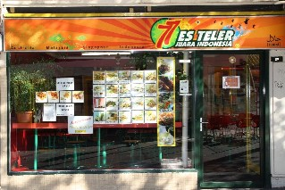 Es Teler 77 Indonesian Restaurant Melbourne