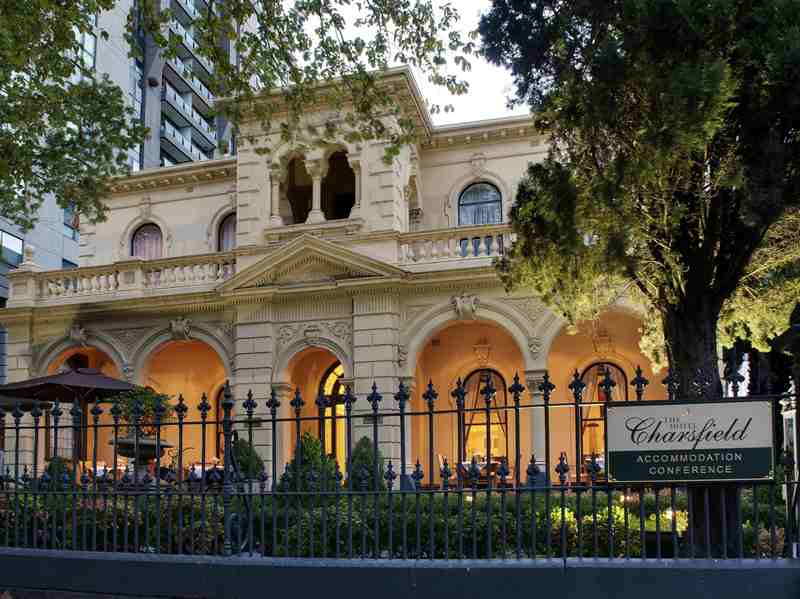 Hotel Charsfield Albert Park Melbourne